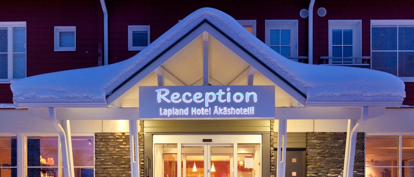 finland_lapland_yllas_akas-hotel_reception-exterior.jpg